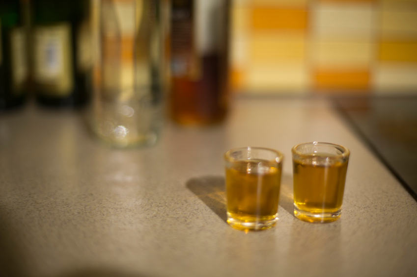 Indonesia: Warning against poisoning from alcohol drinks